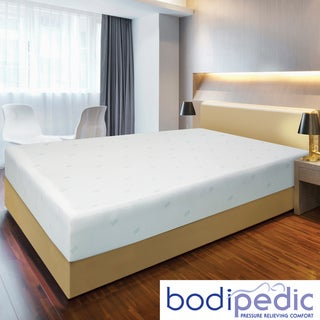 Bodipedic 10-inch Queen-size Memory Foam Mattress and Cover Set