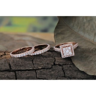 De Couer 10k Rose Gold 2ct TDW Diamond Cluster Engagement Ring Set with Two Band (H-I, I2)