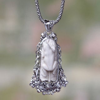 Sterling Silver Bone 'White Tree Frog' Necklace (Indonesia)