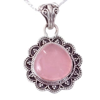 Handcrafted Sterling Silver 'Petals' Quartz Necklace (India)