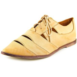 Coconuts By Matisse Women's 'Cha-Cha' Tan Leather Dress Shoes