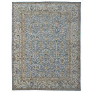 Hand-knotted Oushak Turkish Blue/ Ivory Wool and Silkette Rug (8' x 10')
