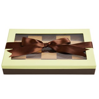 Chewy Addictive Peanut Confections Pistachio and Chocolate Gift Box