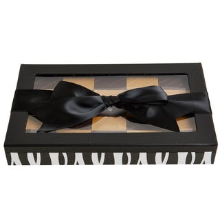 Chewy Addictive Peanut Confections Black Twist Gift Box