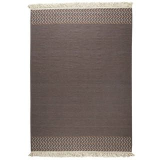 M.A.Trading Indian Hand-woven Valparaiso Brown Rug (4'6 x 6'6)