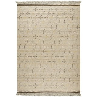 Indian Hand-woven Bergen White Rug (5'6 x 7'10)