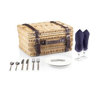 Picnic Time Champion Navy Lining and Napkins Picnic Basket