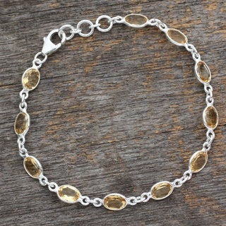 Handcrafted Sterling Silver 'Romantic Yellow' Citrine Bracelet (India)
