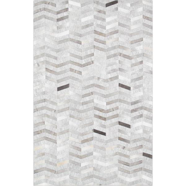 Pasargad Chevron Silver Cowhide Rug (6' x 9')