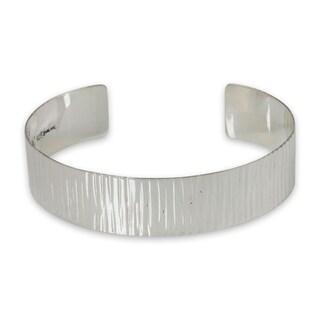 Handcrafted Sterling Silver 'Rain' Bracelet (Thailand)