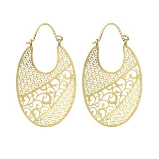 Isla Simone - Gold Tone Side View Oval Etched Earring