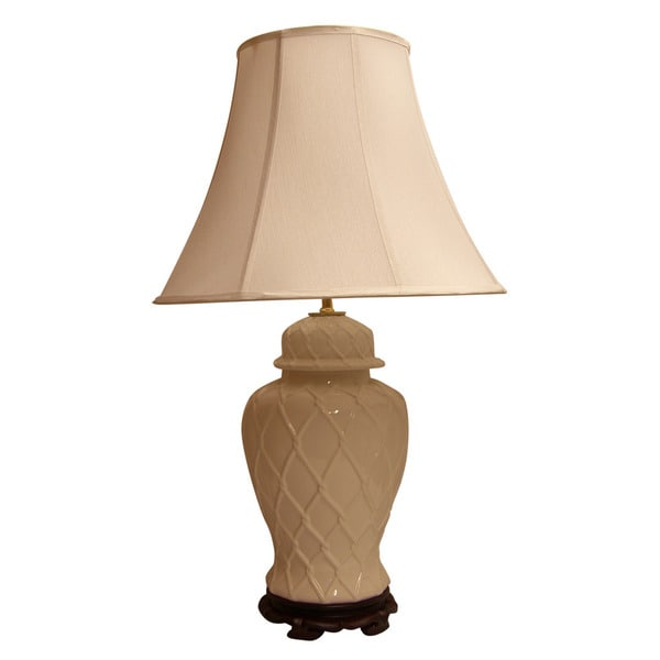 Crown Lighting 1-light White Lattice Temple Jar Table Lamp with White Silk Bell Shade