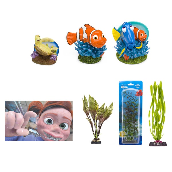Penn Plax Disney Pixar Finding Nemo Aquarium Decoration Kit