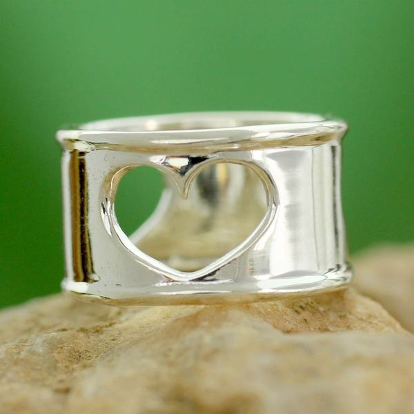 Handmade Sterling Silver 'Threefold Love' Ring (India) 17887783