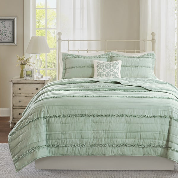Madison Park Isabella Green Coverlet Set