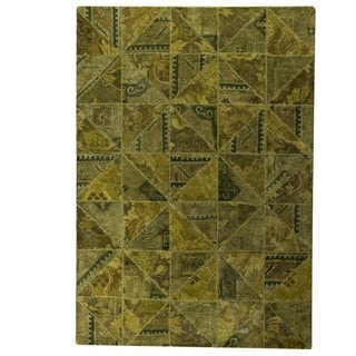 Hand-Tufted Indo Tile Green Rug (7'10 x 9'10)