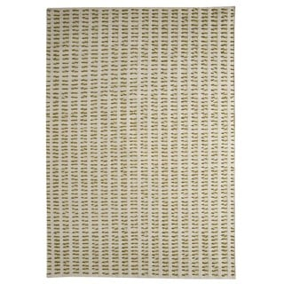 M.A.Trading Hand-woven Indo Palmdale White/ Green Rug (4'6 x 6'6)