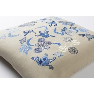 Emma Gardner: Decorative Fahua 20-inch Down or Poly Filled Throw Pillow
