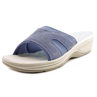 Easy Spirit Women's 'Haylea' Regular Suede Sandals