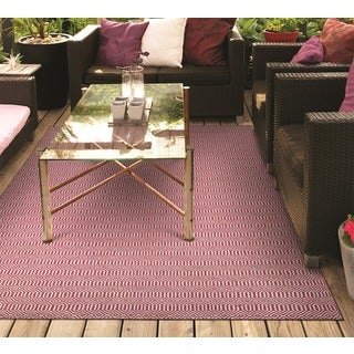Hand-Woven Couristan Cottages Southport/Pink Indoor/Outdoor PET High Content Recycled Materials Rug (8' x 10')