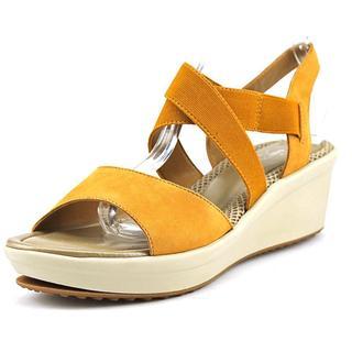 Easy Spirit Women's 'Cinzia' Leather Sandals