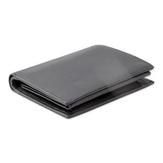 Handcrafted Men's Leather 'Elegant Black' Wallet (India)