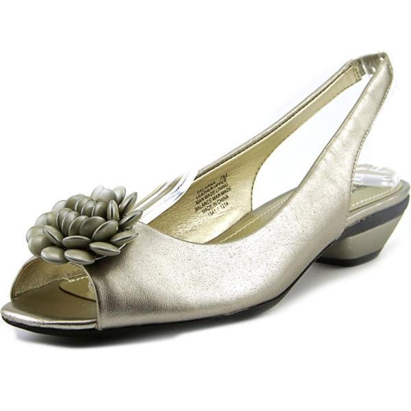Anne Klein Women's 'Larna' Leather Sandals