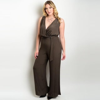 Shop the Trends Women's Plus Size Sleeveless Jumpsuit with Plunging V-Neckline and Blouson Bodice