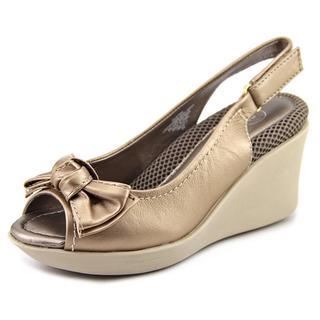 Easy Spirit Women's 'Jaymie' Leather Sandals