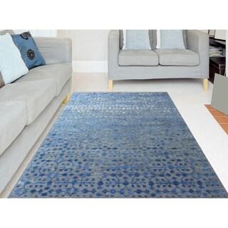 Hand-Woven Lorma Mar Blue Handspun Wool and Art Silk Area Rug (9' x 12')