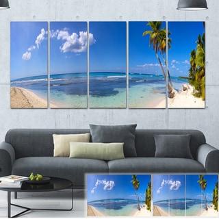 Designart 'Paradise Beach Panorama' Landscape Photo Canvas Print
