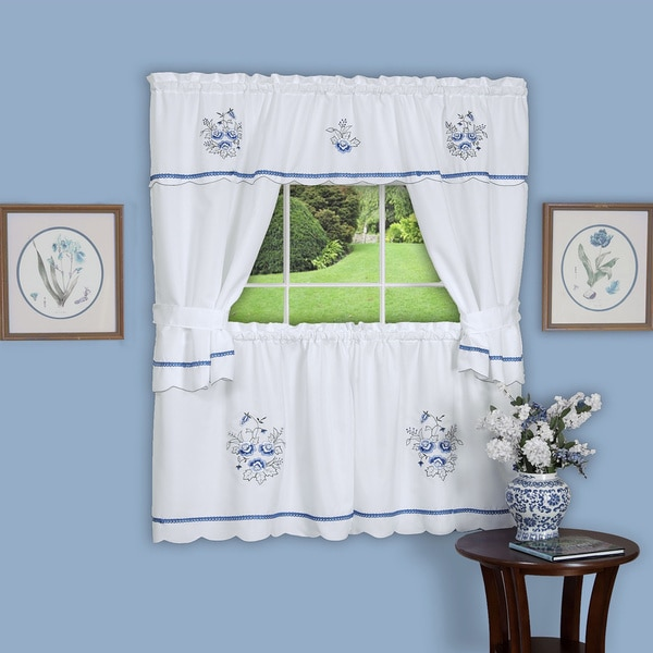 Delft Blue Embellished Cottage Curtain Set