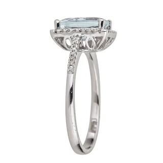 Anika and August 14k White Gold Brazilian Aquamarine and 1/5ct TDW Diamond Ring Size 7 (G-H, I1-I2)