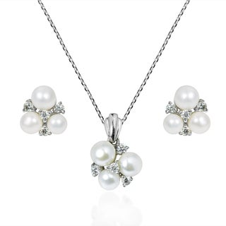 Captivating Pearl Cubic Zirconia .925 Silver Jewelry Set (Thailand)