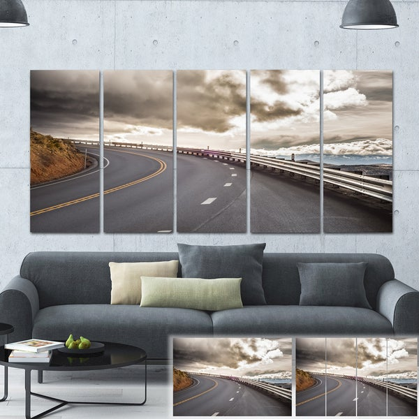 Designart 'Sky Road Curve Landscape' Photo Canvas Print