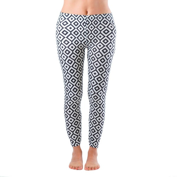 Plus Size Ankle Length Black/ White Hypnotic Diamond Leggings