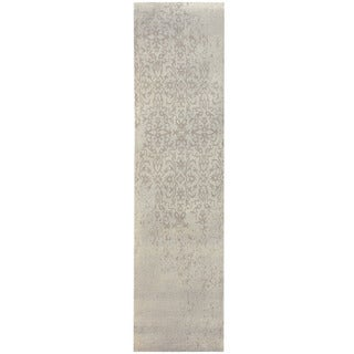 Herat Oriental Indo Hand-tufted Khotan Grey Wool Runner (2'8 x 10')