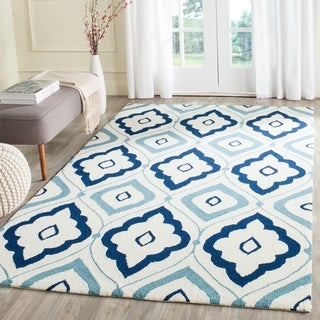 Safavieh Hand-Hooked Indoor/ Outdoor Four Seasons Ivory/ Navy Rug (3' 6 x 5' 6)