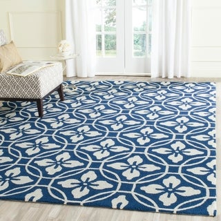Safavieh Hand-Hooked Indoor/ Outdoor Four Seasons Navy/ Ivory Rug (3' 6 x 5' 6)