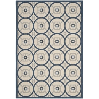 Safavieh Indoor/ Outdoor Courtyard Beige/ Navy Rug (6' 7 x 9' 6)