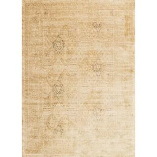 Francis Light Gold Rug (7'6 x 10'5)