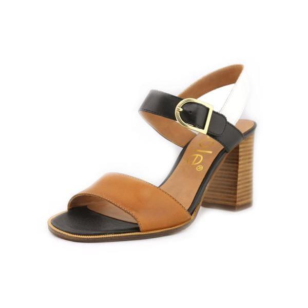 Nicole Women's 'Bonny' Brown Leather Sandals
