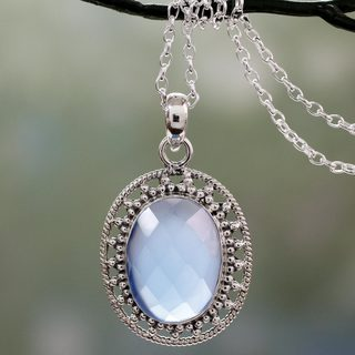Handcrafted Sterling Silver 'Azure Ice' Chalcedony Necklace (India)