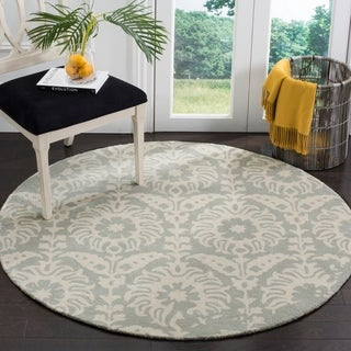 Safavieh Handmade Bella Light Grey/ Ivory Wool Rug (5' Round)