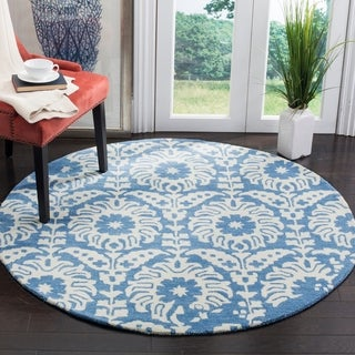 Safavieh Handmade Bella Light Blue/ Ivory Wool Rug (5' Round)