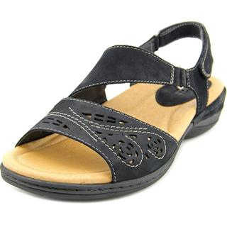 Earth Women's 'Arbor' Nubuck Sandals