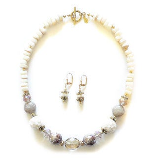 Palmtree Gems 'White Cliffs' Necklace and Earring Set