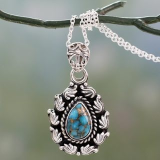Handcrafted Sterling Silver 'Floral Flames' Turquoise Necklace (India)