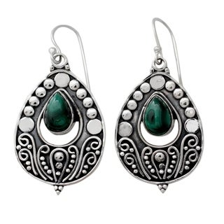 Sterling Silver 'Jaipuri Princess' Malachite Earrings (India)