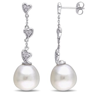 Miadora Signature Collection 14k White Gold Cultured South Sea Pearl and 1/6ct TDW Diamond Heart Dangle Earrings (G-H, SI1-SI2)